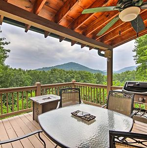 Dreamy Blue Ridge Cabin With Decks And Game Room! photos Exterior