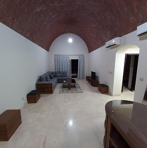 Spacious 2 & 3 Bedrooms With Stunning Sea View photos Exterior