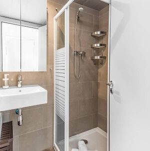 Lodging Apartments Fira-Barcelona 2 Double Bedroom W Parking photos Exterior