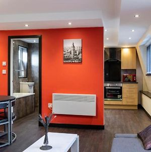 Immaculate 2-Bed Apartment In Newcastle Upon Tyne photos Exterior
