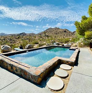 Exceptional Vacation Home In Joshua Tree Home photos Exterior