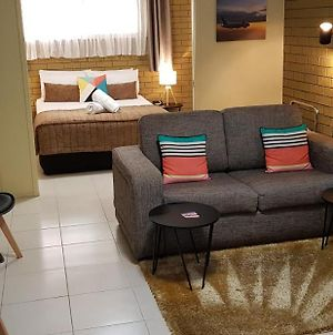 Gold Coast Airport Motel - Closest Privately Owned Accommodation To The Gc Airport photos Exterior