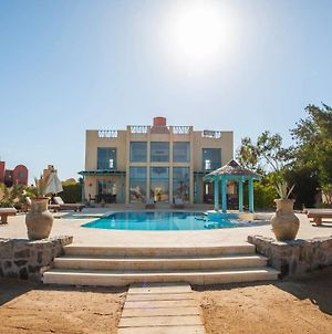 Stunning Golf Villa In El Gouna With Heated Private Pool For Families photos Exterior