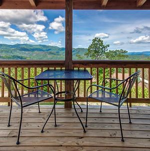Journey'S End 2, 1 Bedroom, Fireplace, Hot Tub, Jetted Tub, Wifi, Sleeps 2 photos Exterior