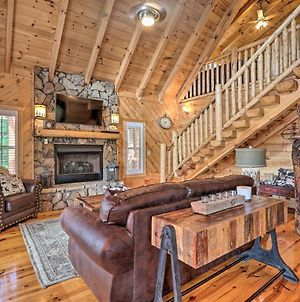 Secluded Sevierville Escape With Deck And Hot Tub photos Exterior