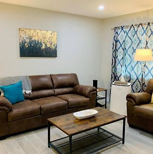 3 Bedrooms With King Beds Minutes From Downtown photos Exterior
