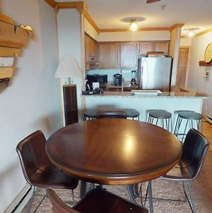 Newly Renovated 2 Bedroom 2 Bath; Snowcrest Walking Distance To Slopes photos Exterior