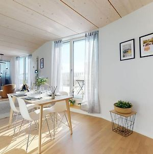 Magnificent Modern And Bright Attic Apartment In The City Center #71 photos Exterior