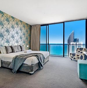 4 Bedroom Executive Sub Penthouse In The Heart Of Surfers With Full Ocean Views - Sleeps 10 - Circle On Cavill Amazing!! photos Exterior