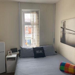 Comfy Double Room Close To The Station photos Exterior