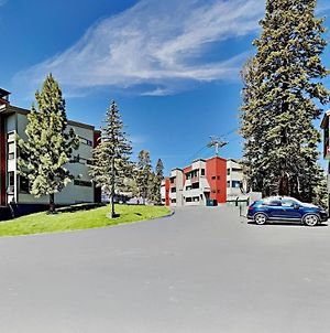 Two Bedroom Units At 1849 Condos With 3 Hot Tubs & Slopeside photos Exterior