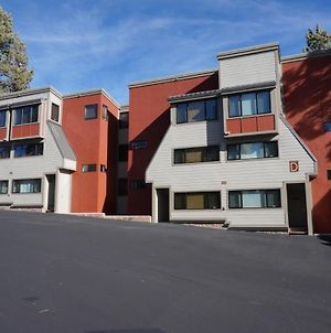 Slopeside Four Bedroom Homes At 1849 Condos - Free Wifi & Parking! photos Exterior