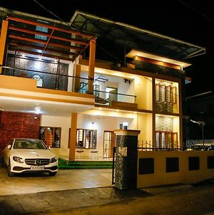 Posh 6 Bhk At Belljem Homes In Housing Colony Close To City photos Exterior