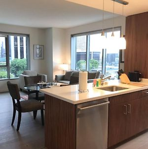 Centrally Located In Sunset Strip 30 Day Stays photos Exterior