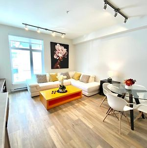Gorgeous New Condo Ln Downtown Sidney By The Airport And Ocean Side photos Exterior