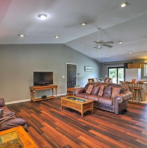 Pet-Friendly Mars Hill Home About 1 Mile To Dtwn! photos Exterior