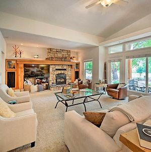 Luxe Boise Home With Patio Golf, Hike, Explore photos Exterior