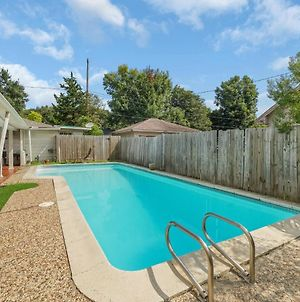 Home For Summer With Pool, Patio And Balcony photos Exterior