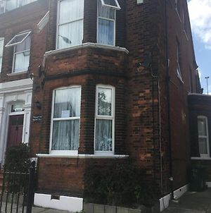 2-Bed Apartment In Great Yarmouth photos Exterior