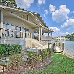 Waterfront Lake Hamilton Home With Porch And Deck photos Exterior
