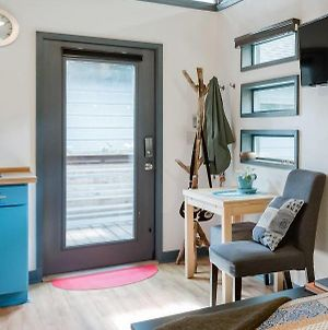 Tiny House In The Heart Of The East Side photos Exterior