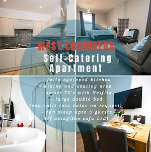 West Chambers - Lovely Self-Catering Apartment Located Within A Beautifully Renovated Building photos Exterior