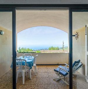 Charming Bungalow With Terrace Garage And Pool In Cassis - Welkeys photos Exterior