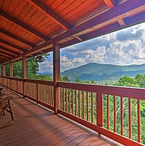 Boone Family Cabin With Private Hot Tub And View! photos Exterior