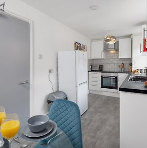 Air Host And Stay - Heyes House- Sleeps 7, Free Parking, Mins From Lfc photos Exterior