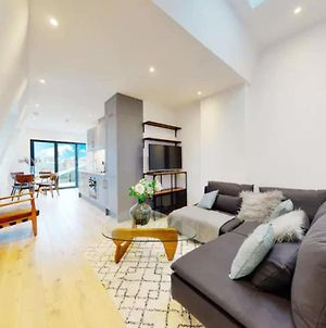 Stunning 1 Bedroom Apartment With Roof Terrace photos Exterior