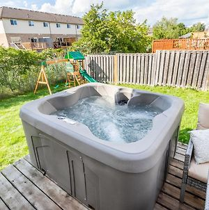 3Br 2.5 Ba Townhome With Hot Tub, Sauna, Gym, Playground By Simply Comfort photos Exterior