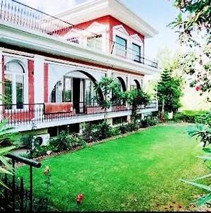 Pak Luxury Guest House,Islamabad,F10 photos Exterior