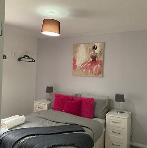 Coach House, A Cosy Nook In The Heart Of Tyne And Wear, With Parking, Wifi, Smart Tv, Close To All Travel Links Including Durham, Newcastle, Metrocentre, Sunderland photos Exterior