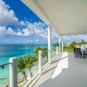 A Wonderful New Beachfront Suite In The Bahamas! 3E photos Exterior
