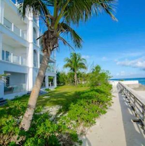 A Beautiful Beachfront Listing In The Bahamas! 1W photos Exterior