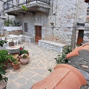 Stone House With A Beautiful Yard photos Exterior