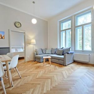 Luxury Apartment, Central,Wifi For Free, Long Stay photos Exterior