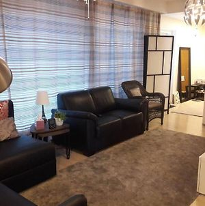 Furnished Apartment With Free Underground Parking photos Exterior