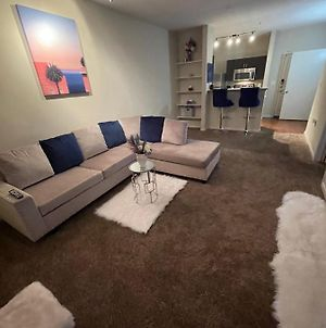 Stylish Midtown Condo Conveniently Located To Everything! photos Exterior