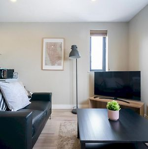 Pass The Keys Luxury 1 Bedroom Next To City Centre With Stunning Views photos Exterior