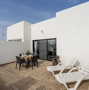 Tulip Court Penthouse Brand New-2 Min From The Sea-Central Bugibba photos Exterior