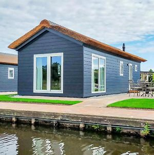 Stunning Home In Giethoorn With Wifi And 2 Bedrooms photos Exterior