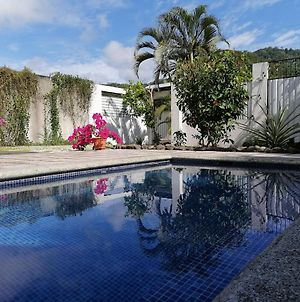 Cocorico Private Studio With Pool, A/C, Parking photos Exterior