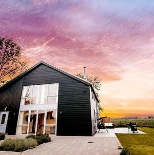 Beautiful Barn In Norfolk Countryside With A View photos Exterior