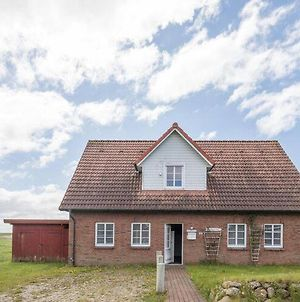 The Apartment Is In An Ideal Location For Trips To Amrum And Fohr photos Exterior