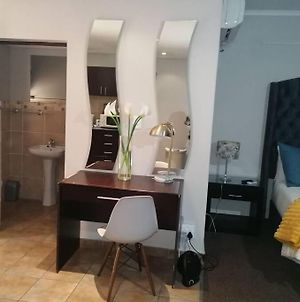 Beautiful Apartm B10 Situated In Bains Game Lodge photos Exterior