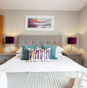 Urban Living'S The Wesley - Beautiful City Centre Apartment With Balcony photos Exterior