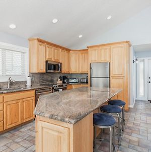 The Beach House! Fantastic Oceanfront Location, Gated Community photos Exterior