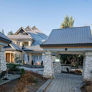 Lagoons By Cozystay Signature Whistler photos Exterior