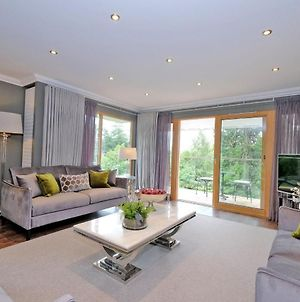 Stunning Family Home In Cults, Aberdeen photos Exterior